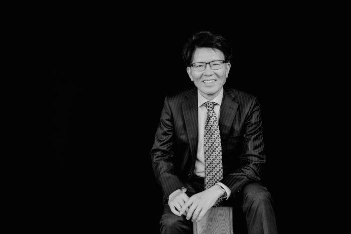 John Zhou portrait